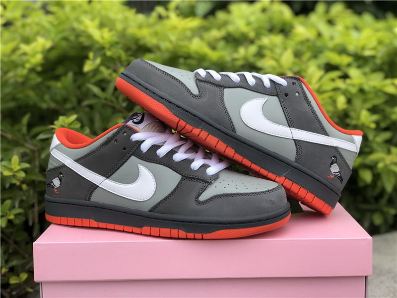 Authentic Nike Dunk SB Low Purple Pigeon Low NY